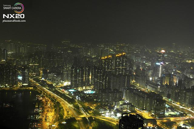 sky 100 hong kong street lights