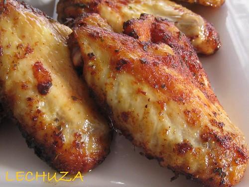 Alitas de pollo con salsa de queso (11)