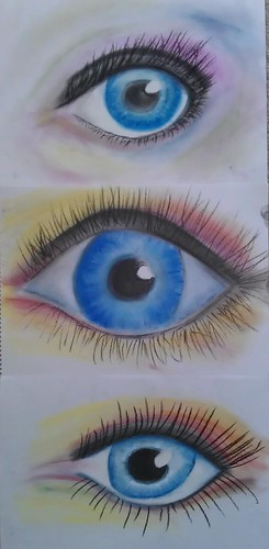 Poppy Zoe and Frieda's eye sketches