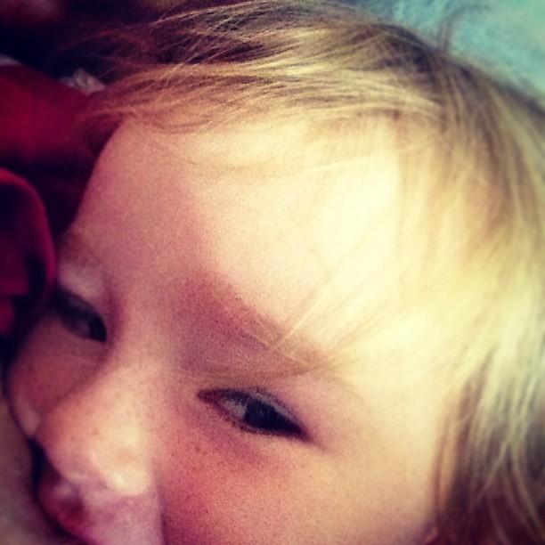 boobing selfie #toddler #selfie #bfcafe