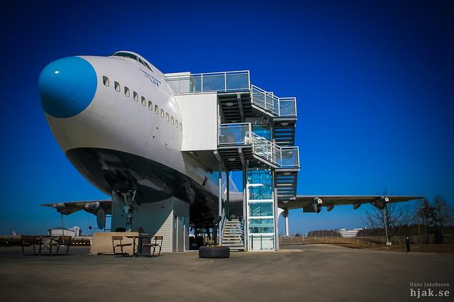 Jumbo Hostel Boeing 747-212B