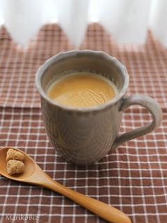 ミルクの膜つきホットチャイ