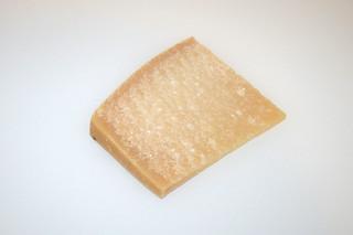06- Zutat Parmesan / Ingredient parmesan