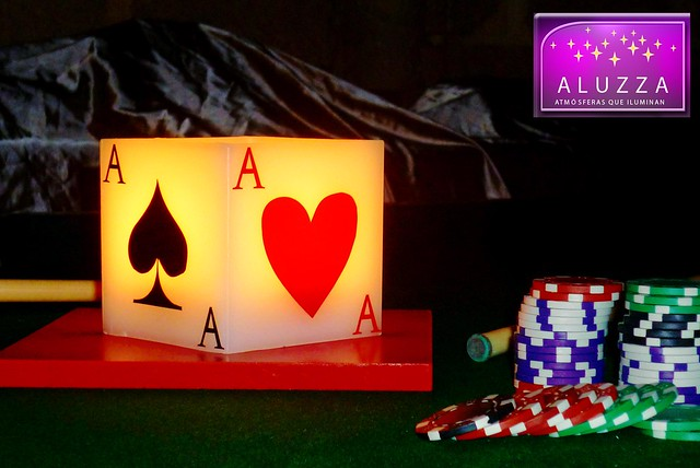 centro de mesa para decoracion de xv años tematicos de casino aluzza