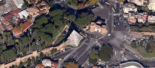 """ROMA ARCHEOLOGIA e BENI CULTURALI: """"Il restauro della Piramide di Caio Cestio,"""" Di SSBAR (2012-13), & Corriere della Sera; Il Messaggero; La Repubblica (14/03/2013)."""