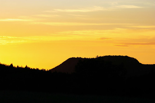 foothills mountains yellow sunrise golden colorado unitedstates goldengatecanyonstatepark