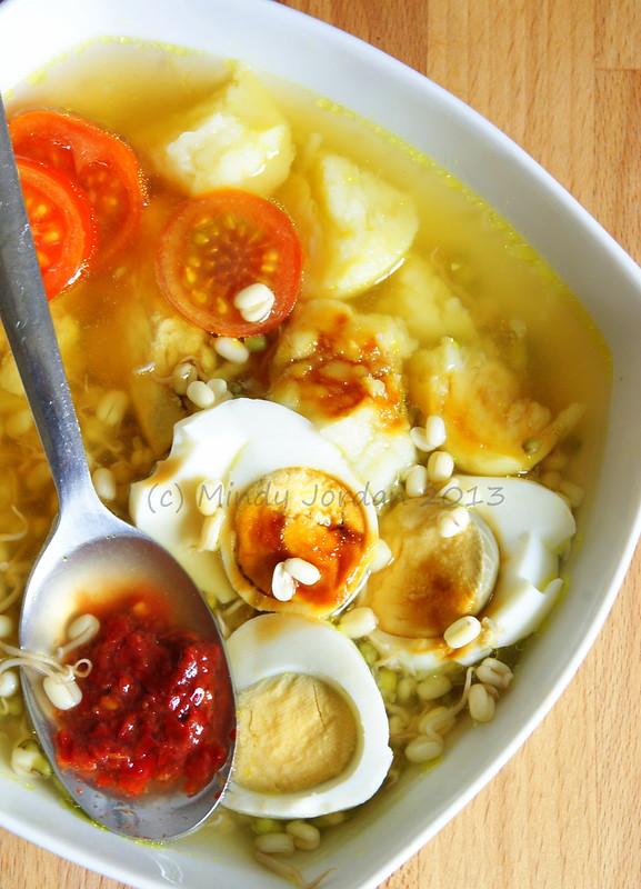dapurmindoel :Soto Ayam // Indonesian Chicken Soup mindoel