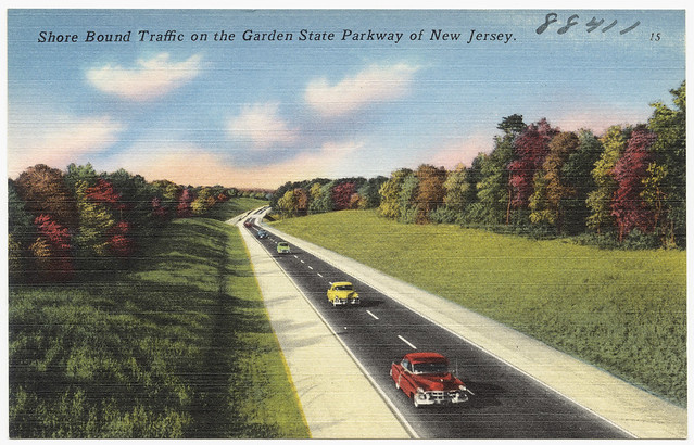 shore bound traffic on the garden state parkway of new