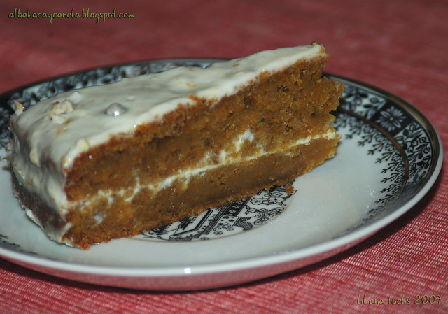 carrot frosting cake2