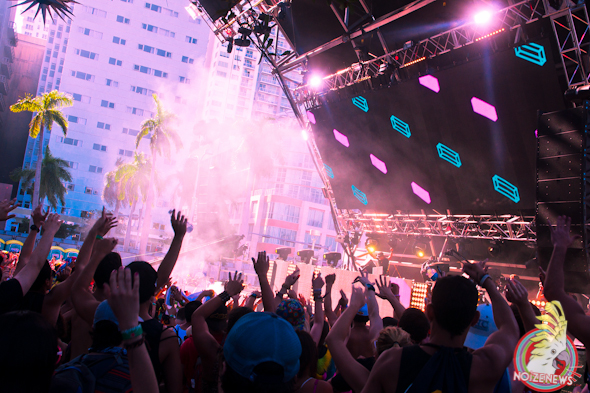 Chuckie @ Ultra Music Fest 2013