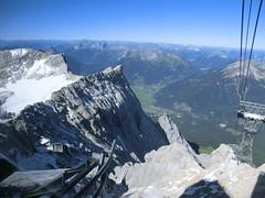 leuchtende Bergesgipfel der Alpen 7134