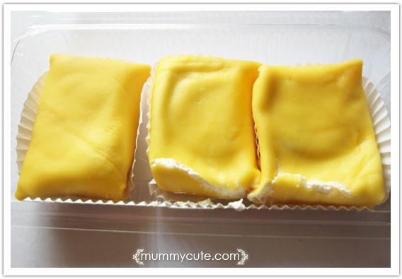 8363743281 6acdb610e9 z durian crepe sedapker?