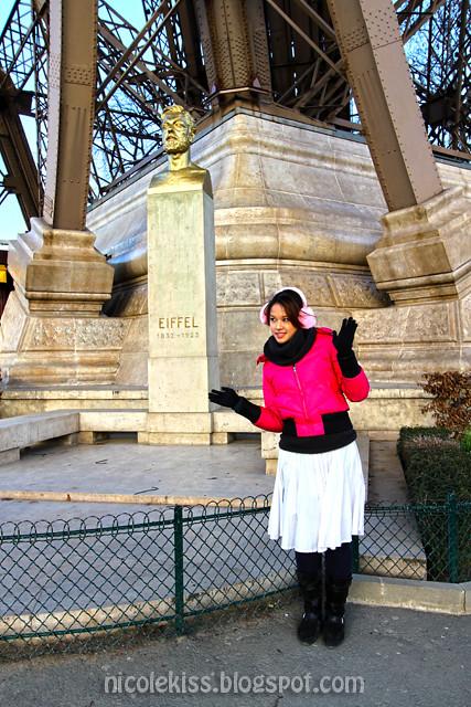Eiffel Tower_Nicolekiss