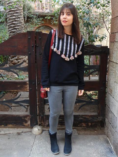 pompon sweatshirt-poziomka (1)