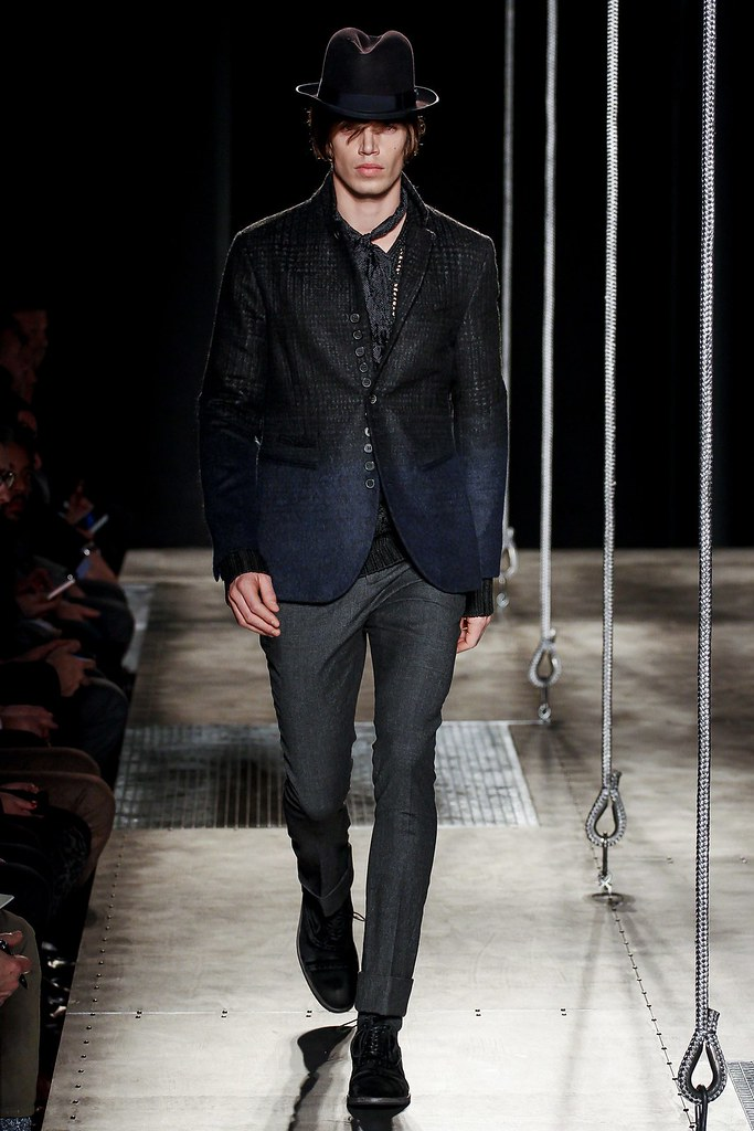 FW13 Milan John Varvatos002_Mark Cox(VOGUE)