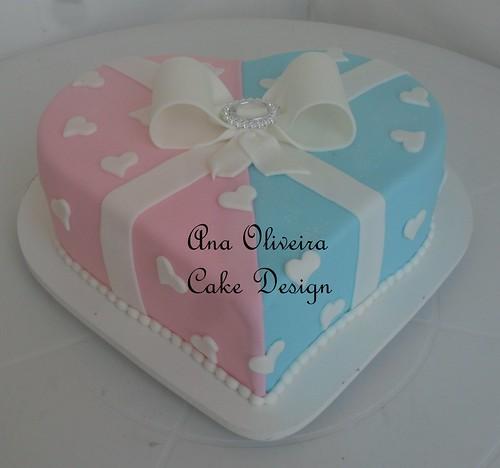 Bolo coração azul e rosa by Ana Oliveira Cake Design