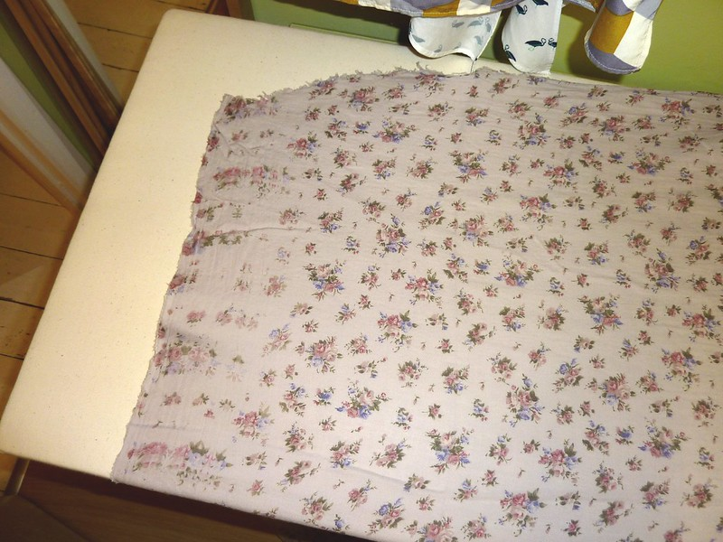 Badly printed Grey-floral crepe fabric