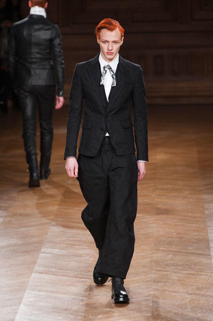 Alex Maklakov3082_FW13 Paris Songzio(fashionising.com)