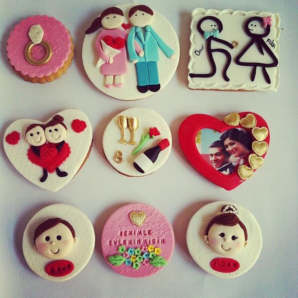 Evlilikteklifi kurabiyeleri