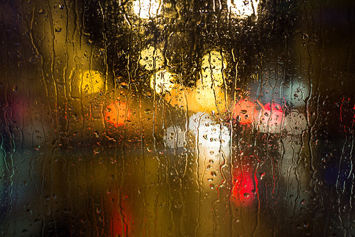 uk england bus london window water glass rain night lights unitedkingdom bokeh fenster battersea regen wandsworth lichter