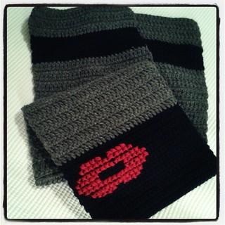 Roque's lipstick scarf