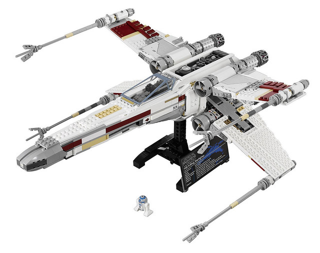 LEGO Star Wars Exclusive 10240 - Red Five X-Wing Starfighter