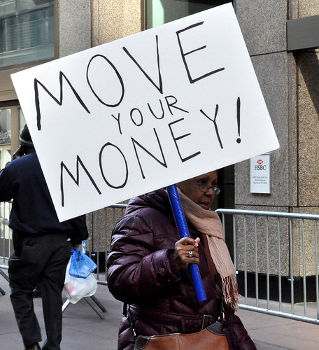 Move Your Money -- HSBC_valentinesdemo_DSC_0047