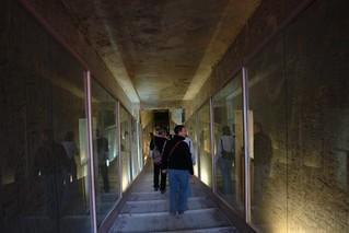 """Pasill y bajada a la tumba de Ramsés III Valle de los Reyes, enlace con la """"otra vida"""" - 8493410712 ce44b183f1 n - Valle de los Reyes, enlace con la """"otra vida"""""""