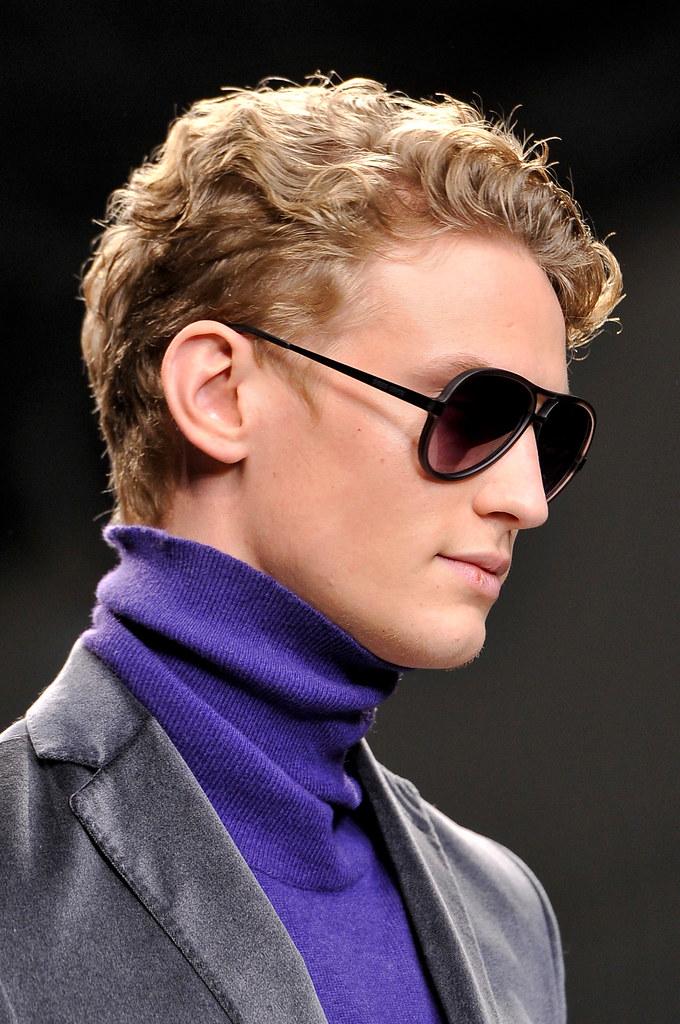 Alexander Johansson3532_FW13 Milan Enrico Coveri(fashionising.com)