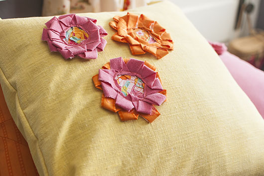 scrappy flower applique and coaster