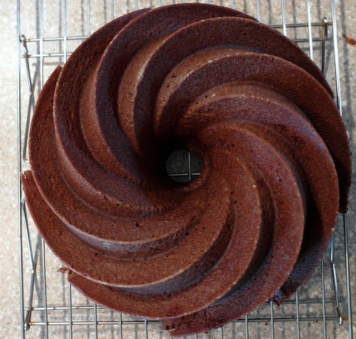 chocolate pound cake 009