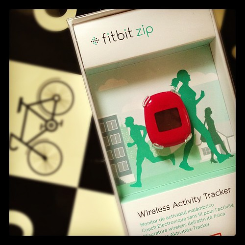 Bonus fitbit! I love this uber pedometer, & this one's destined for one lucky @smarterfitter reader. Thanks @fitbituk!