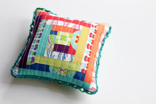 Pincushion by Holly by Jeni Baker