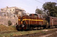 * Indien  # 6  Dieselloks  New Scan