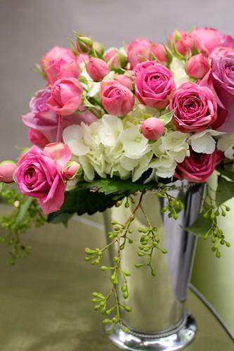 Sweet Sneak Peek: Debi Lilly Design Weddings at Safeway