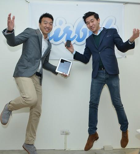 (左起)Airbnb東北亞區域總經理張亞倫與亞太區總監Ole Ruch