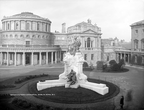 Queen Victoria Dublin photo