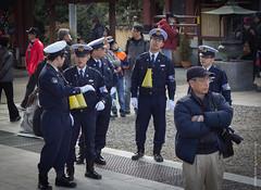 池上本門寺で節分2013: Policemen