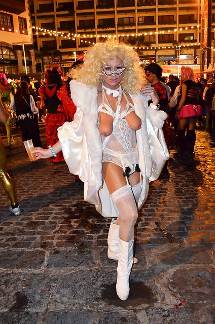 Glamour Granny,  Carnaval, Puerto de la Cruz, Tenerife