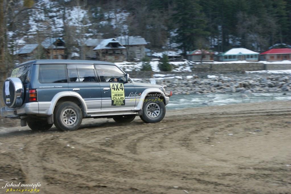 Muzaffarabad Jeep Club Neelum Snow Cross - 8469432804 b4917c6963 b