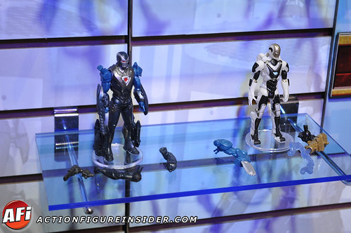 DEEP-SPACE-IRONMAN-TOYFAIR-2013-01