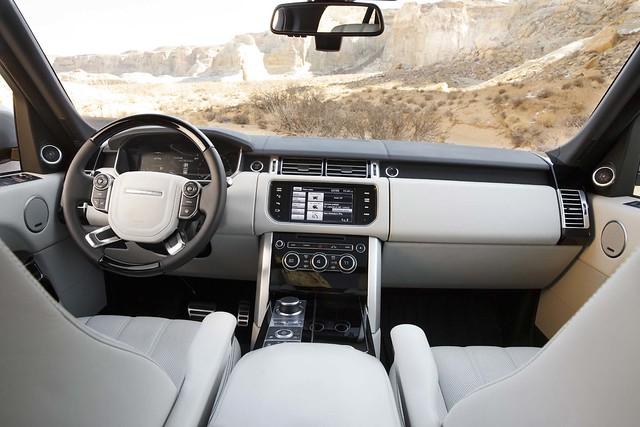 2013 Land Rover Range Rover2