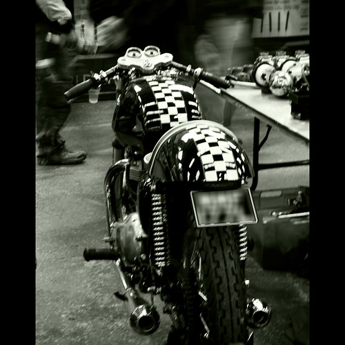 cafe racer by John T100