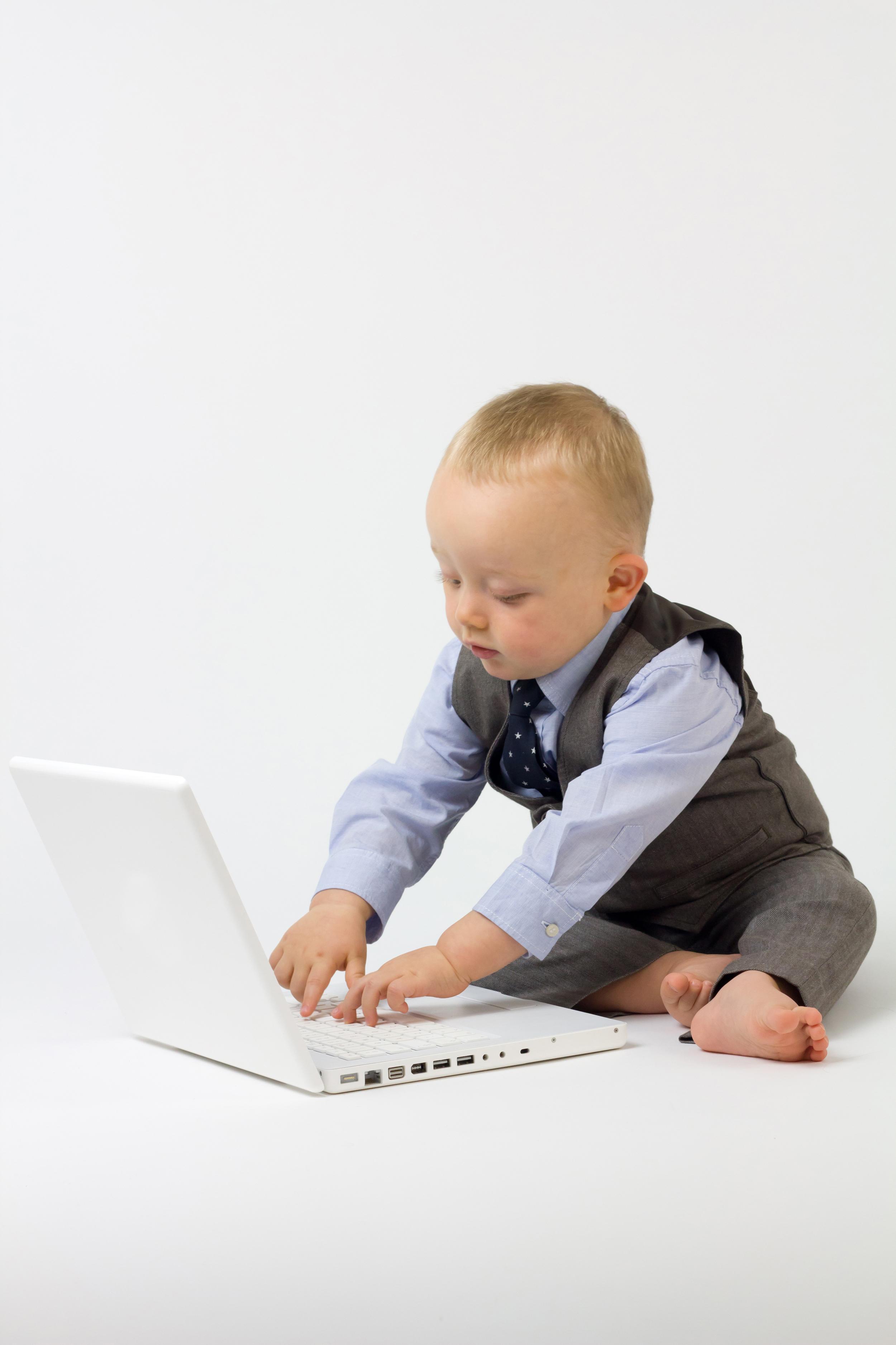 フリー画像素材] 人物, 子供 – 男の子, PC・パソコン, ビジネスシーン ...