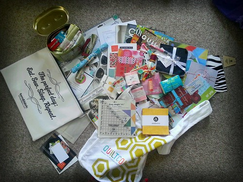 Quiltcon swag giveaway!