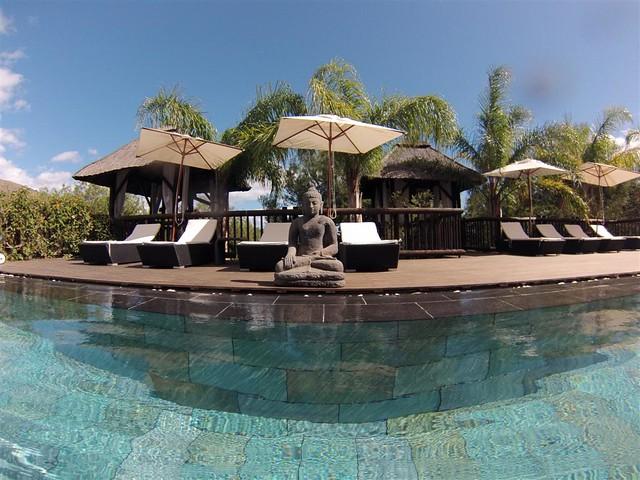 Piscina climatizada todo el año del Thai & Spa asia gardens - 8555036359 72b42c4e19 z - Asia Gardens Benidorm, #experiencia en el paraiso