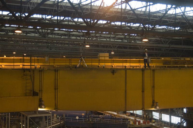 Laser scanner mounted on overhead crane