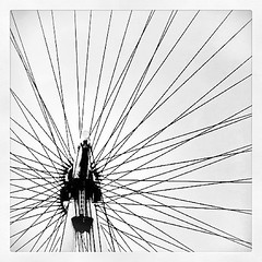 London Eye #uk #london #eye #monument #travel #worldplaces #graphic #bicycle #wheel #centre #tourist #fun #places