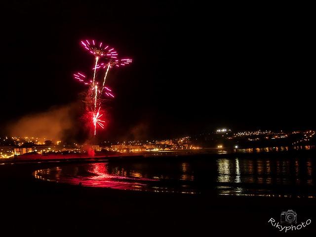 Fuegos de artificio en Suances. 29208738555_0f6a16dee9_z