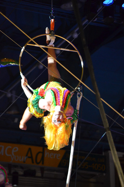 Trapeze artists 003 - Royal Hanneford Circus - Westchester NY - 2013-02-16
